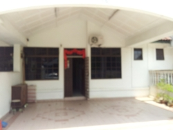 Taman Perling, Nusajaya photo by Ken Gan