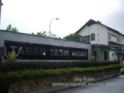 Taman Tasik Indah, Jalan Ipoh
