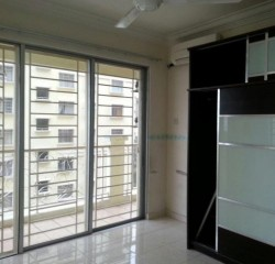Tainia Apartment, Kota Damansara
