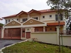 Ukay Perdana, Ukay photo by See Chak Yan
