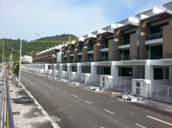 Raffles Residence 199, Bukit Gambier