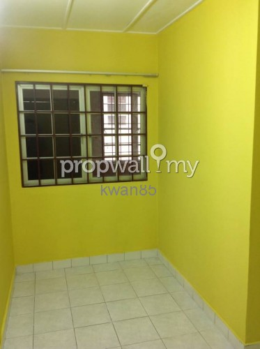 House for sale at brp 7 bukit rahman putra for rm for Small room karen zoid chords