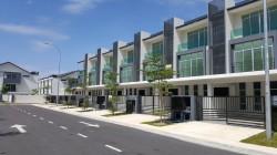 Bangi Avenue, Bangi