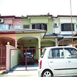 Taman Bayu Perdana, Klang photo by Auction property