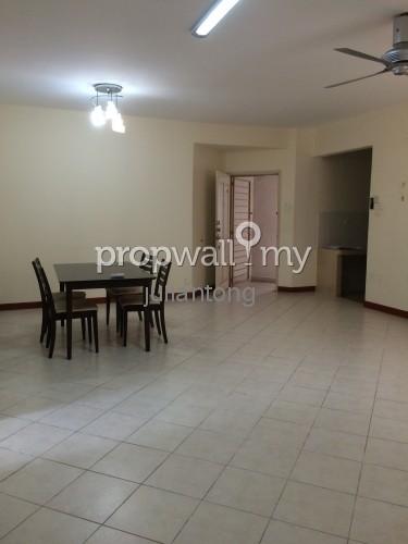 Casa Damansara Room For Rent