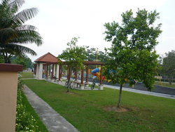 Canal Gardens, Kota Kemuning photo by Amin