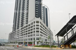 OUG Parklane, Old Klang Road