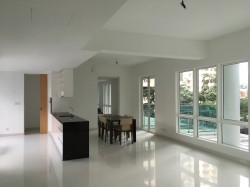 Verticas Residensi, Bukit Ceylon photo by  ✆Carmen 016-263 3947 ✆Edmond 012-233 3805 ✆Keat 013-299 8992