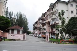 Kenari Court, Pandan