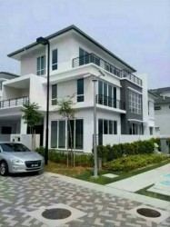 Senibong Cove, Permas Jaya