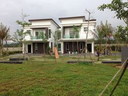 Senibong Cove, Permas Jaya photo by AmandaLiong