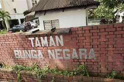 Taman Bunga Negara, Shah Alam photo by IvanTanNamLee