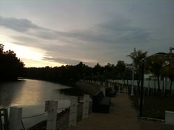 Taman Perling, Nusajaya photo by KATE TEE