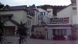 Asia Hills, Bukit Jambul