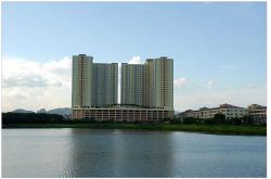 Platinum Lake PV12, Setapak