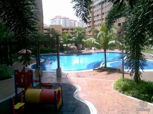 Condominium For Rent At Cengal Condominium Bandar Sri Permaisuri For Rm 2 Rm Psf