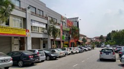 Bayu Tinggi Commercial Centre, Klang