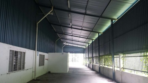 Factory for rent at kajang selangor for rm 30 rm for Badminton court ceiling height