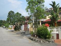Taman Alam Megah, Shah Alam photo by Nizuan