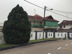 Taman Bukit Kempas, Johor Bahru photo by Peter Yap