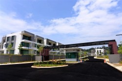 Primer Garden Town Villas @ Cahaya SPK, Shah Alam photo by Anthony Poon